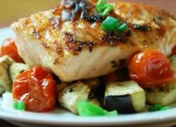 Готовая рыба запеченная в духовке